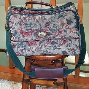 Vintage American Tourister travel bag